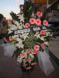 kazablanka,gerbera,sebboy ferforje  Trabzon 14 şubat sevgililer günü çiçek