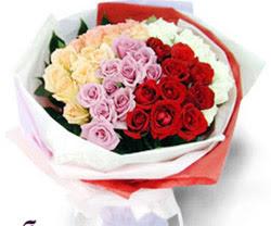 SEVENLERE ÖZEL 51 ADET GÜL  Trabzon hediye sevgilime hediye çiçek
