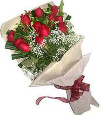 11 adet kirmizi güllerden özel buket  Trabzon çiçek servisi , çiçekçi adresleri