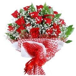 11 kırmızı gülden buket  Trabzon çiçek yolla , çiçek gönder , çiçekçi
