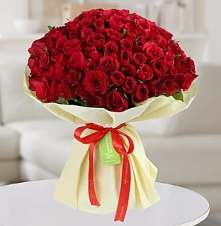 101 adet kırmızı gül buketi koca demet  Trabzon çiçek servisi , çiçekçi adresleri